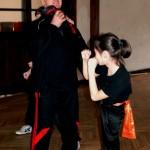 AMW_Zimowy obóz kung fu choy lee fut_Olga Majerowicz prezentuje boczne kopnięcie